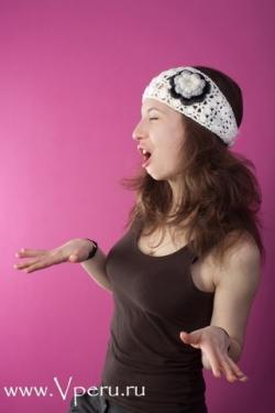 Повязка на голову - вязаный модный для женщин