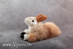 Фотография мягкая игрушка козочка из натурального меха альпака